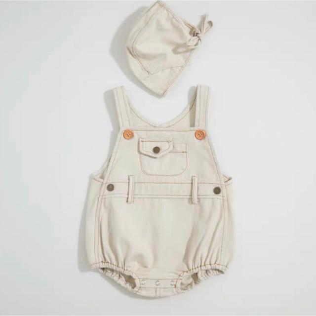 babyGAP(ベビーギャップ)のデニムサロペット ボンネットセット +ケーブルニット キッズ/ベビー/マタニティのベビー服(~85cm)(ロンパース)の商品写真