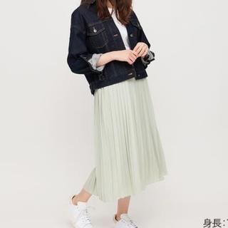 ユニクロ(UNIQLO)の新品 ユニクロ シフォンプリーツロングスカート 丈短め グリーン M(ロングスカート)