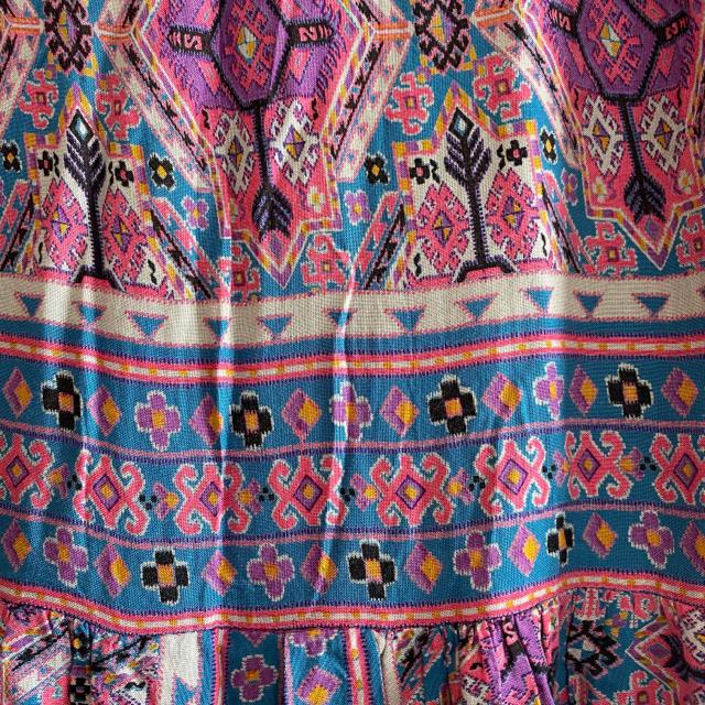 Lochie(ロキエ)のヴィンテージ エスニック柄ワンピース レディースのワンピース(ひざ丈ワンピース)の商品写真