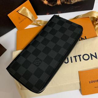 LOUIS VUITTON - 【美品・2017年製】ルイ・ヴィトン ダミエグラフィット ヴァスコ長財布
