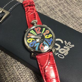 ガガミラノ(GaGa MILANO)のガガミラノ 腕時計 防水 赤 着用1回(腕時計(アナログ))