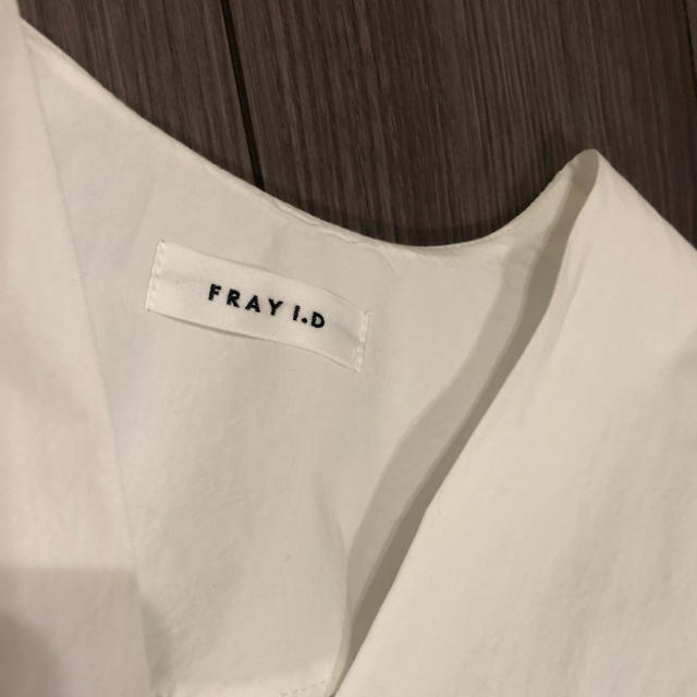 FRAY I.D(フレイアイディー)のFRAY I.D カシュクールブラウス ウエストリボン レディースのトップス(シャツ/ブラウス(長袖/七分))の商品写真