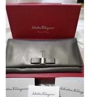 Salvatore Ferragamo - 質屋さんで購入品  Ferragamoの長財布