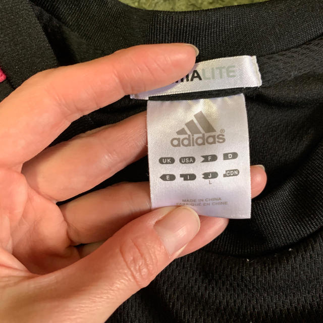 adidas(アディダス)のadidas ロングTシャツ スポーツ/アウトドアのサッカー/フットサル(ウェア)の商品写真