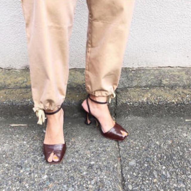 SeaRoomlynn(シールームリン)の新品未使用  searoomlynn クロコストラップミュール Mサイズ レディースの靴/シューズ(サンダル)の商品写真