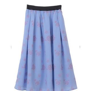 トランテアンソンドゥモード(31 Sons de mode)の【新品】31 Sonsde mode♡ レディースミドル丈スカート♡ブルー♡花柄(ロングスカート)