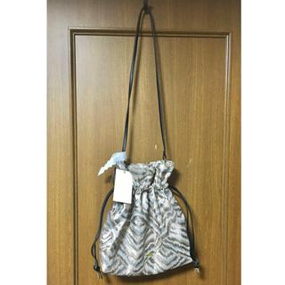 UNITED ARROWS - 【MIAN】メタルゼブラ柄巾着バッグ