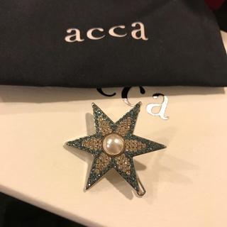 acca - アッカ スター ピン ハッピーホリデー