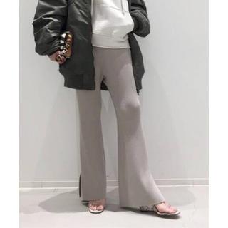 アパルトモンドゥーズィエムクラス(L'Appartement DEUXIEME CLASSE)のSlit Knit Pants(カジュアルパンツ)