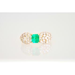 天然エメラルド&ダイヤモンドのゴールドリング(リング(指輪))
