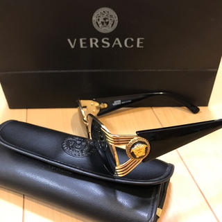 ジャンニヴェルサーチ(Gianni Versace)のVERSACE サングラス(サングラス/メガネ)