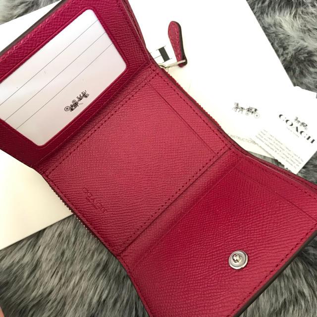 COACH(コーチ)の新品☆ COACH(コーチ)ピンク ピンクレッド レザー 折り財布 レディースのファッション小物(財布)の商品写真