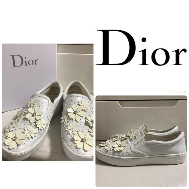 Dior(ディオール)のディオール ホワイトレザー  フラワー スニーカー レディースの靴/シューズ(スニーカー)の商品写真