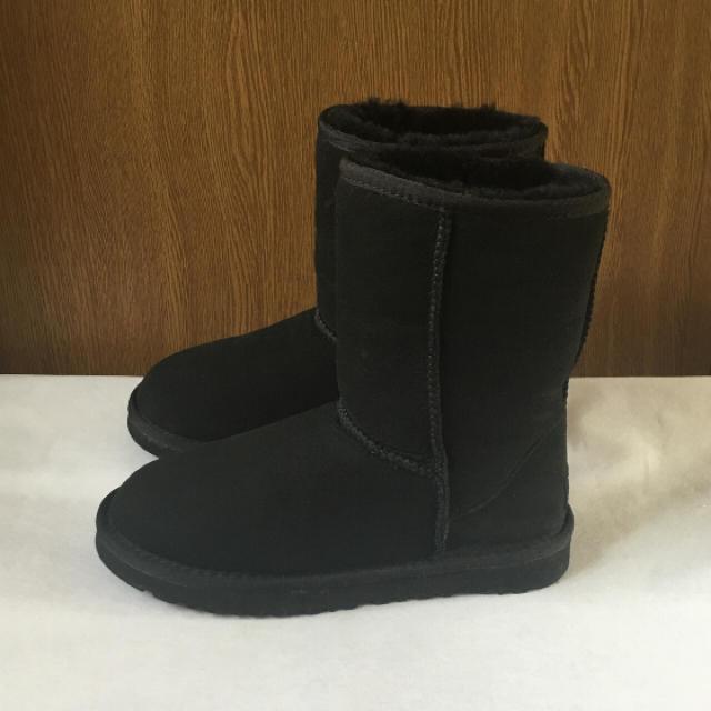 UGG(アグ)の美品 UGG ブーツ レディースの靴/シューズ(ブーツ)の商品写真