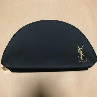 Yves Saint Laurent Beaute - YSL ポーチ 黒マット