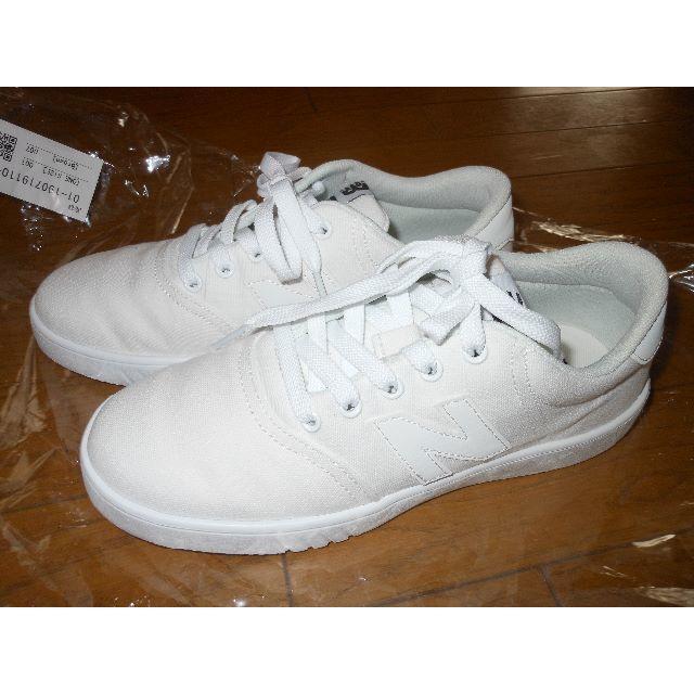 New Balance(ニューバランス)の新品 ニューバランス CT10 23.5㎝ レディースの靴/シューズ(スニーカー)の商品写真