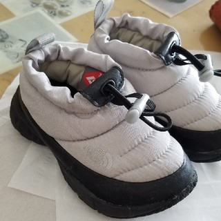 THE NORTH FACE - THE NORTH FACE Traction Lite Low グレー 15