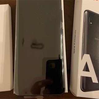 Galaxy - 【本気で購入を希望する方は値引きコメント下さい❗️】Galaxy A20ブラック