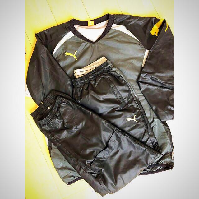PUMA(プーマ)のプーマ ウィンドブレーカー スポーツ/アウトドアのサッカー/フットサル(ウェア)の商品写真