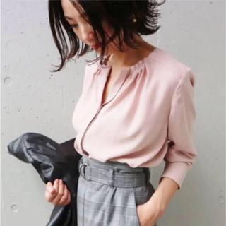 La TOTALITE - 美品☆ラトータリテ☆プチタックシャツ