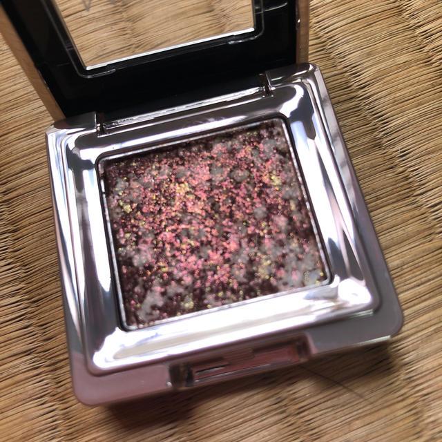 MISSHA(ミシャ)の試し塗りのみ ミシャ グリッタープリズム シャドウ GBR02 コスメ/美容のベースメイク/化粧品(アイシャドウ)の商品写真