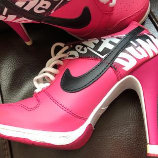 NIKE - Nike ヒールスニーカー