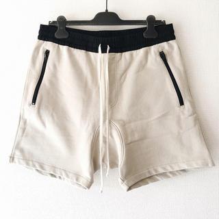 FEAR OF GOD - FOG ESSENTIALS Cream Drawstring Shorts