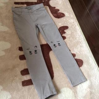 H&M - 新品 デニム 猫刺繍 長ズボン