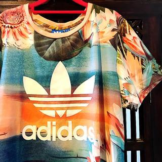 adidas - アディダス ファーム オリジナルス 幻想的 花柄 トレフォイル ML Tシャツ