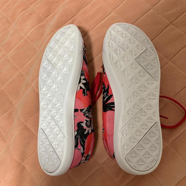 PUMA(プーマ)のchiffon様専用 PUMA 24cm スニーカー レディースの靴/シューズ(スニーカー)の商品写真