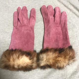 アッカ(acca)のピンクのファー 手袋(手袋)