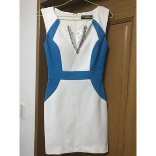 AngelR - BEYOND IRMA  爽やかな白とブルーのドレス