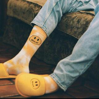 シュプリーム(Supreme)のDrew Socks - Mustard Tie Dye(ソックス)