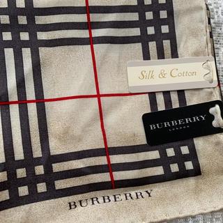 BURBERRY - バーバリー スカーフ新品