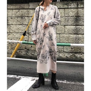 Ameri VINTAGE - 【新品】 アメリヴィンテージ 限定花柄ワンピース