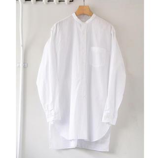 COMOLI - 美品 16ss comoli バンドカラーシャツ ホワイト サイズ2