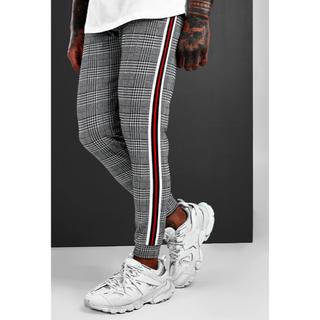 adidas - 【新作】asos boohoo トラックパンツ チェック ライン 新品