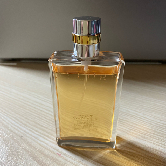 CHANEL(シャネル)のお値下します!! シャネル アリュール50ml  香水 コスメ/美容の香水(香水(女性用))の商品写真