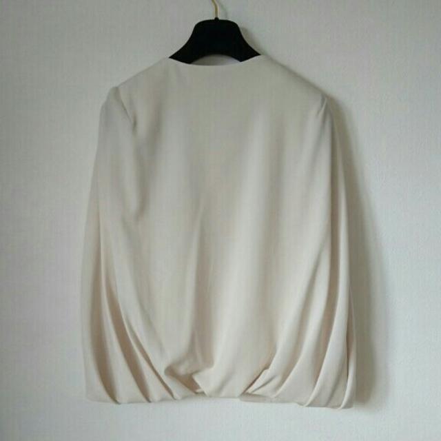 GRACE CONTINENTAL(グレースコンチネンタル)のダイアグラム イレギュラースリーブジャケット 結婚式 レディースのジャケット/アウター(ノーカラージャケット)の商品写真