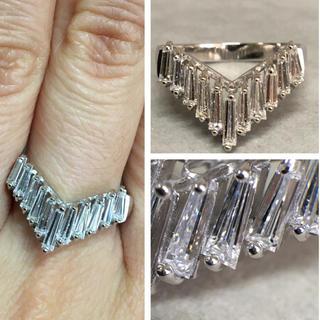 Pt900 1.01カラット ゴージャスなテーパードカット ダイヤモンド リング(リング(指輪))