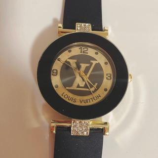 LV ロゴ 腕時計
