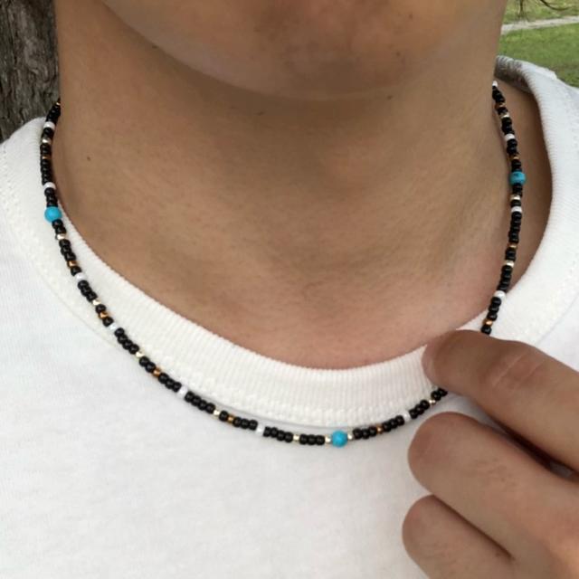 黒 40cm ショート ネイティブ ビーズネックレス メンズ レディース メンズのアクセサリー(ネックレス)の商品写真