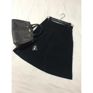 ミュウミュウ(miumiu)のMIUMIU フレア スカート ブラック 黒 ミュウミュウ(ひざ丈スカート)
