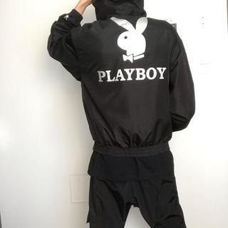 プレイボーイ(PLAYBOY)のプレイボーイビニールパーカー 黒(パーカー)