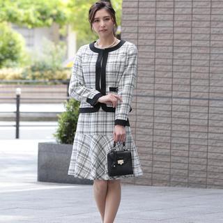 AVA:ツイードジャケット&スカートセレモニースーツXL 大きいサイズ(スーツ)