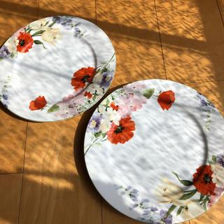ミカサ(MIKASA)の花柄大皿プレート二枚(食器)