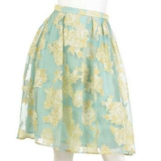 マーキュリーデュオ(MERCURYDUO)の新品未使用マーキュリーデュオ花柄オーガンジースカート(ひざ丈スカート)
