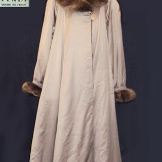 フェンディ(FENDI)のフェンディ ロングコート 襟ファー(ロングコート)