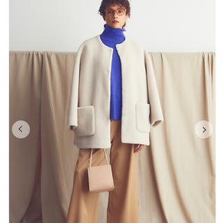 Mila Owen - ミラオーウェン  ノーカラーシャツカーブボアジャケット