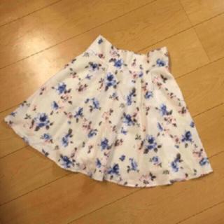 ヘザー(heather)の141・【SALE♡2900円→2400】フラワー柄スカート(ひざ丈スカート)